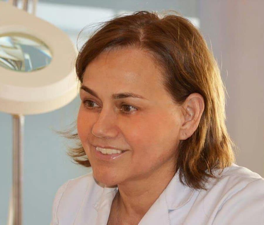 Dra. Isabel Caballero Cabalgante